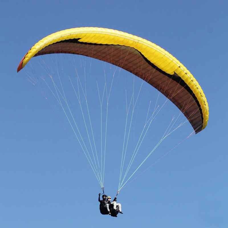 voo duplo de parapente no topo do mundo, Serra da Moeda