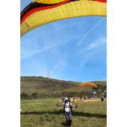 Escola de paraglider no Topo do Mundo, Serra da Moeda